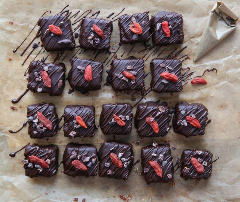 Raw Goji Brownie Bites - delicious little mouthfuls of chocolate heaven - Raw, Vegan & Gluten Free | thecookandhim.com
