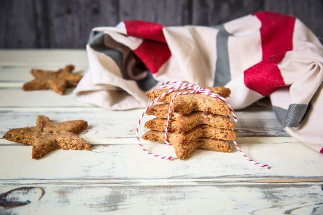 These homemade sweet potato dog treats contain only natural, healthy ingredients that your pup will LOVE! #dogtreats #homemadedogbiscuits #puptreats #sweetpotato | Recipe on thecookandhim.com