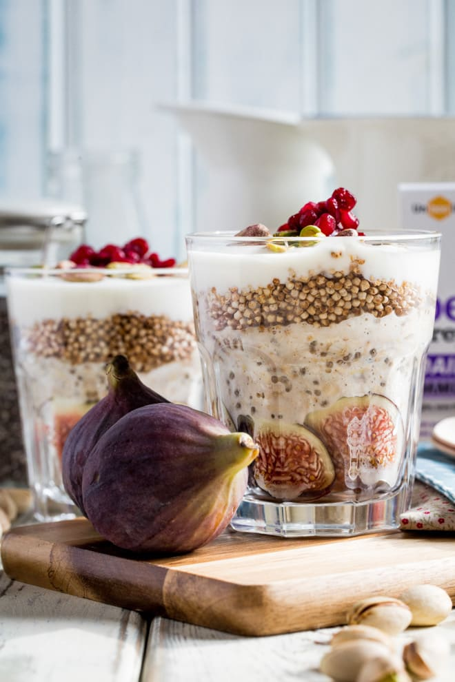 Fig and Quinoa Overnight Oats - Layers of fresh fig, creamy oats, protein rich quinoa puffs and smooth coconut yoghurt make this a deliciously healthy breakfast treat that tastes rich and decadent! #overnightoats #breakfast #healthybreakfast | Recipe on thecookandhim.com