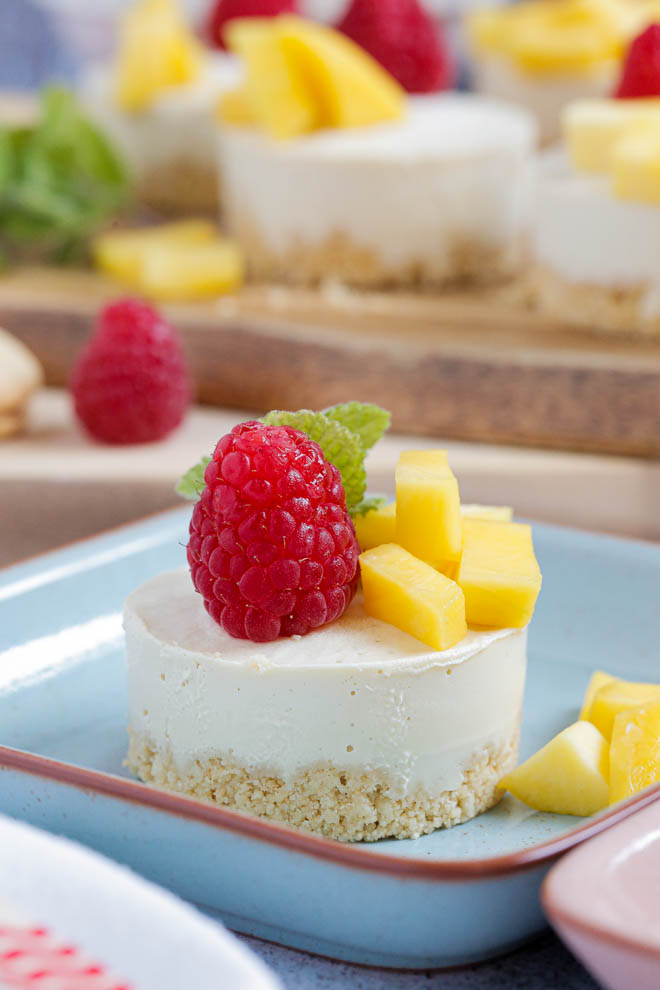 Vegan No-Bake Mango Cheesecakes